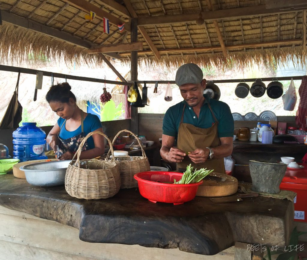 Khmer Roots Cafe - The chefs at work!