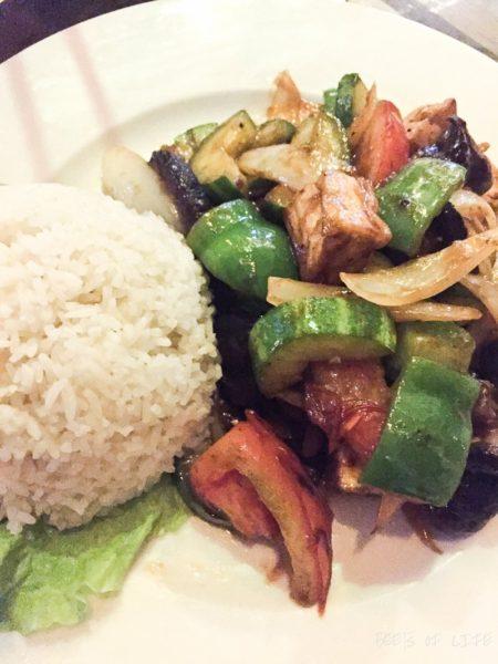 Vietnamese Vegetarian Food: Stir fried veggies with rice