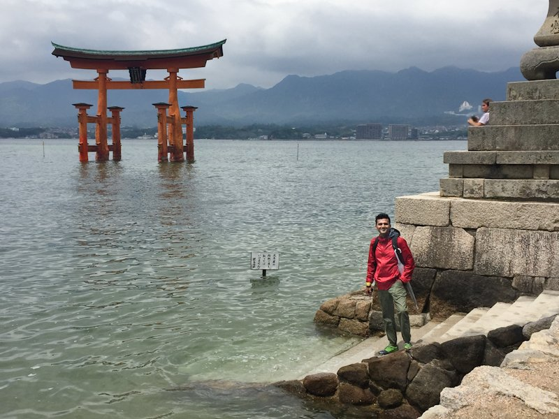 You can walk up to the torii gate during low tide!