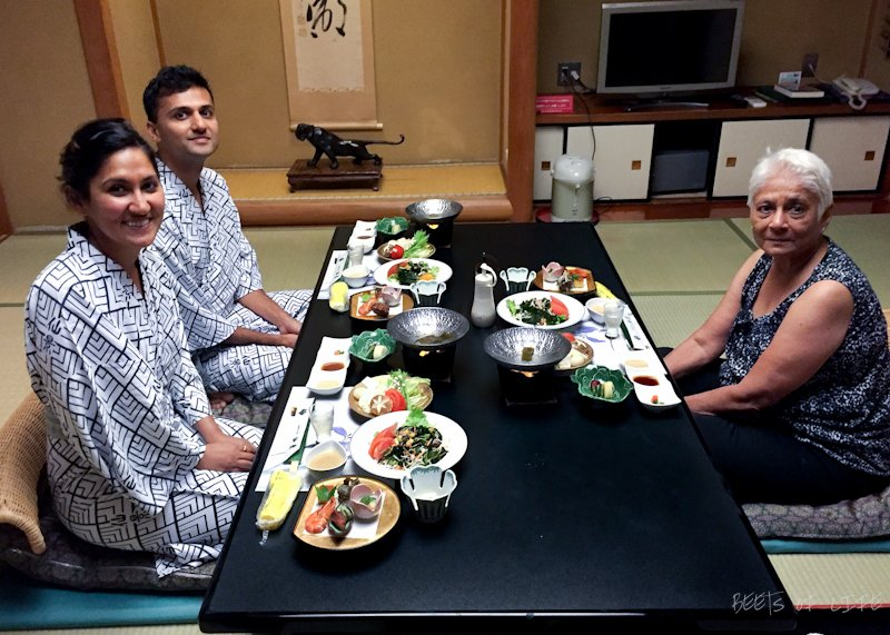 After a refreshing dip in an onsen we were ready to devour this meal... minus the fish ofcourse. Look at the bottom left corner of the pic!